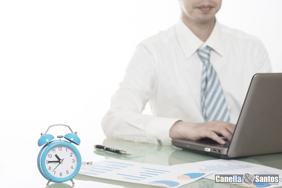 Horas Extras Site - Blog -  Canella E Santos Assessoria Empresarial E Contábil